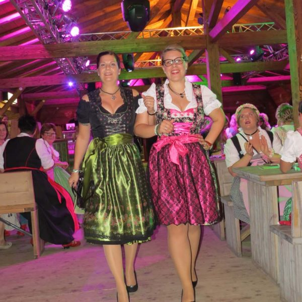 Damen Wiesn Fotos 19-10-17